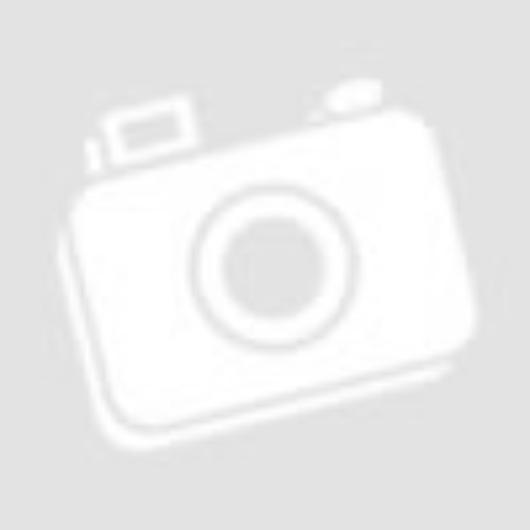 Rózsaszín selyemvirágok dobozban
